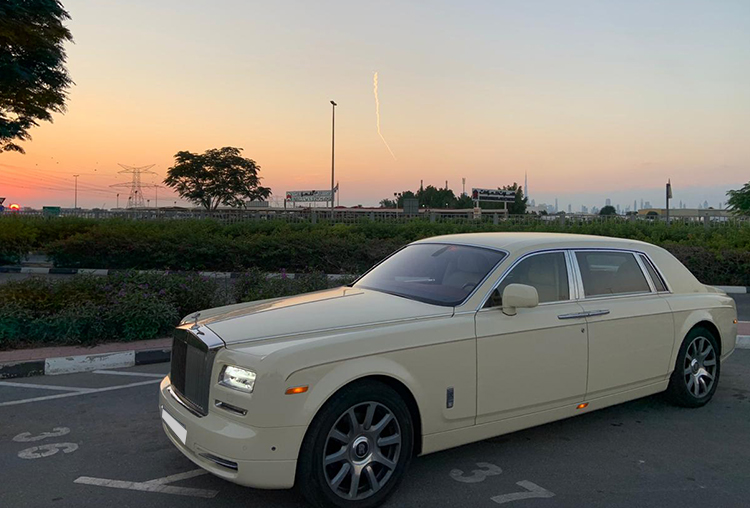Rolls Royce Phantom with Chauffeur